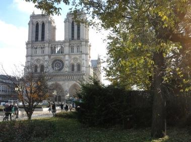 Reisefuehrer Paris Notre Dame